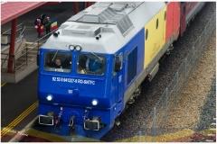 Locomotiva vopsita in tricolorul Romaniei